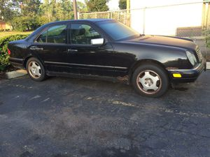 97 Mercedes Benz As parts or as-is for Sale in Detroit, MI