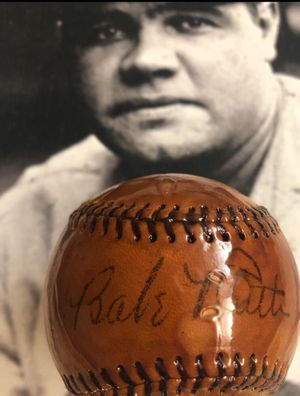 Babe Ruth Single Signed Baseball. NY Yankees for Sale in Detroit, MI