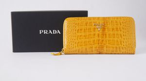 PRADA zip-around wallet YELLOW Leather for Sale in Queens, NY