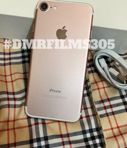 Unlocked 128gb iPhone 7 for Sale in Columbus,  OH
