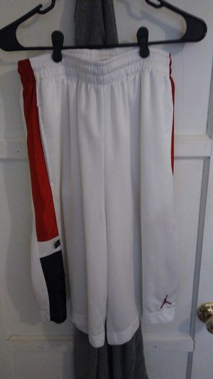 AIR JORDAN BASKETBALL SHORTS MENS SIZE LARGE MINT CONDITION! RARE! for Sale in Long Beach, CA