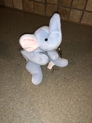 Peanut beanie baby for Sale in Burleson, TX