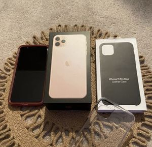 (New) iPhone 11 Pro Max / Gold for Sale in Bannister, MI