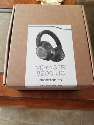 Plantronics Voyager 8200 UC for Sale in Des Plaines, IL