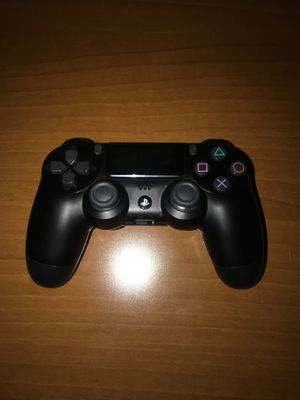 PS4 controller for Sale in Melrose Park, IL