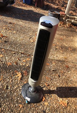Lasko 3 ft Tower Fan for Sale in Fort Smith, AR