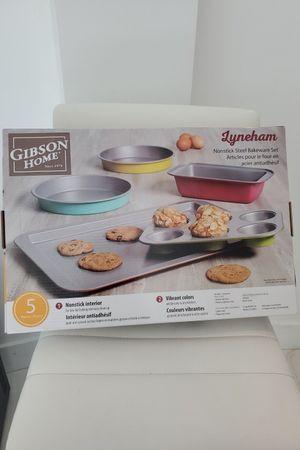 5 piece bakeware set new in box for Sale in Miami, FL