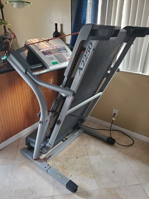 Treadmill nordictrack for Sale in Downey, CA