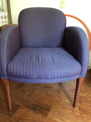 Two beautiful chairs in a good conditions for Sale in El Monte, CA