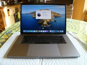 """Apple Macbook Pro Mid-2017 Retina 15"""" Touch Bar i7 2.8GHz 16GB 512GB Laptop for Sale in Irvine, CA"""