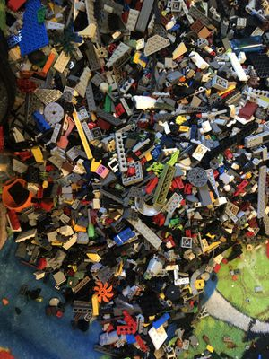 Unsorted lego bulk 40lbs for Sale in Tarpon Springs, FL