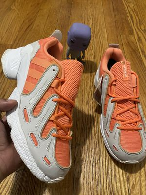 Men's adidas size 9.5 for Sale in The Bronx, NY