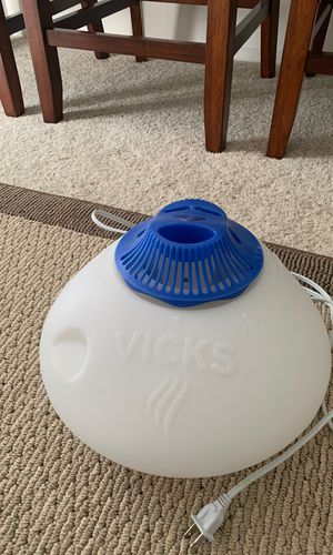 Vick's Humidifier for Sale in Wildomar, CA