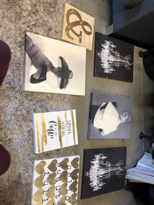 Black/ White/ Gold Vintage Wall Decor for Sale in Arlington, TX