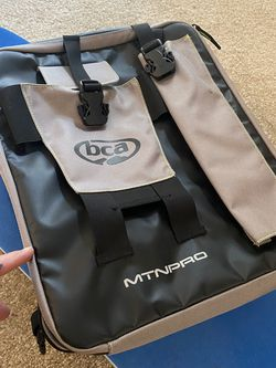 BCA MTNPRO TUNNEL BAG Snowmobile Polaris, Skidoo, Arctic Cat for Sale in Vancouver,  WA