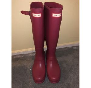 Hunter matte rain boots for Sale in Langhorne, PA