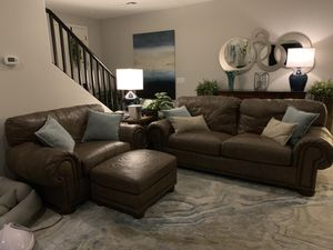 Leather sofa, chair and ottoman. for Sale in Phoenix, AZ