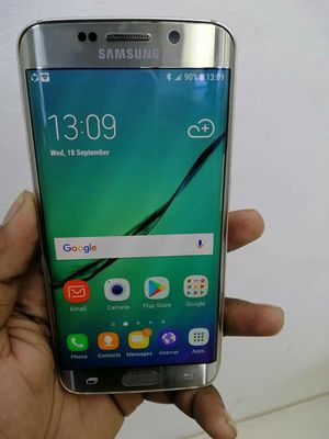 SAMSUNG Galaxy S6 Edge, Factory Unlocked..( Almost New Condition) for Sale in Springfield, VA
