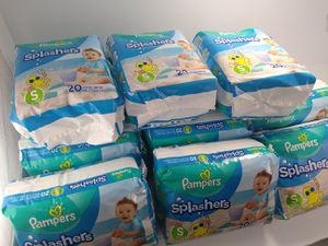 15x Pampers Splashers S13-24 lb (6-11 kg) Disposable Swim Pants Size Small 20 Count for Sale in Cleveland, OH