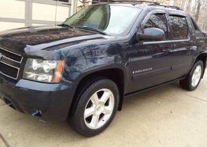 Cars & trucks$1500 GreatTruck 07 Chevry Avalanche Sport 4WDWheels for Sale in Baker, LA