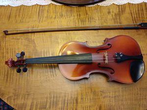 Suzuki Violin 4/4 with case for Sale in Braintree, MA