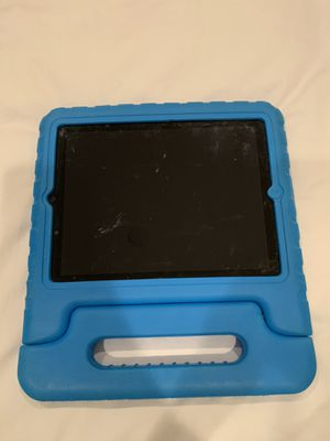 iPad 2 16GB w/ protective carrying case for Sale in Brea, CA