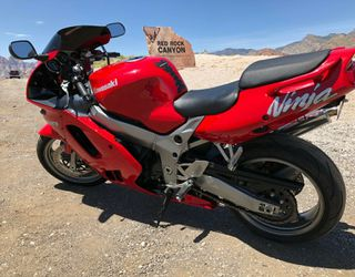 1997 Motorcycle, Kawasaki Ninja 900 CC for Sale in Wichita,  KS