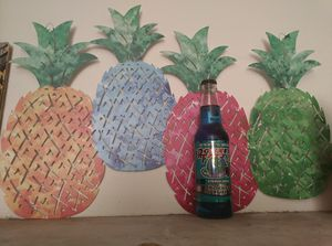 Backyard Pineapple Decoration for Sale in Fontana, CA