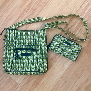 Vera Bradley Crossbody Purse/Bag and Wallet for Sale in Elgin, IL