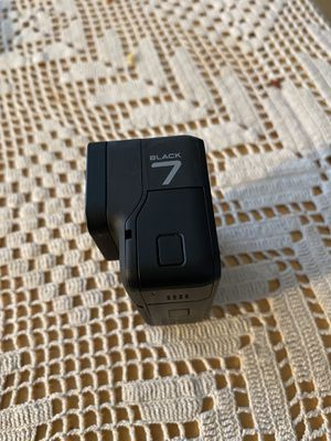 GoPro hero 7 black for Sale in Hayward, CA