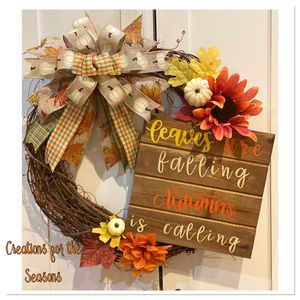 Autumn grapevine wreath for Sale in Brooklyn, NY