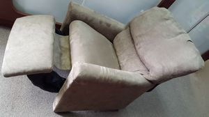 Kids Recliner Chair for Sale in Farmington, MI