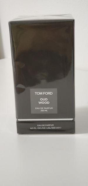 Tom Ford Oud Wood 8.4 oz Eau de Parfum Decanter Cologne Fragrance Perfume for Sale in Bellevue, WA
