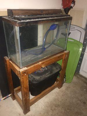 30 Gallon Aquarium for Sale in Niederwald, TX