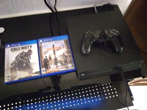 Ps4 slim for Sale in Opa-locka, FL