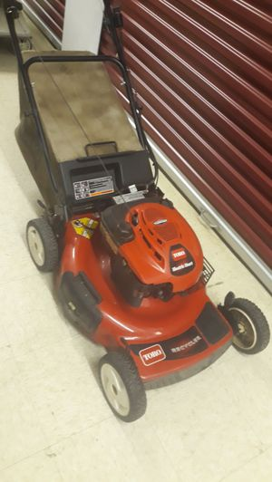 """Toro 6.5 22""""recycler lawn mower for Sale in Chicago, IL"""