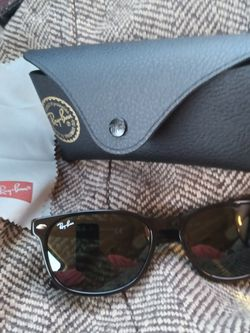 Ray Ban Sunglasses for Sale in Garland,  TX
