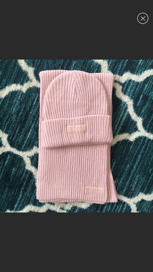 BRAND NEW Victorias secret pink beanie and scarf for Sale in Santa Clara, CA