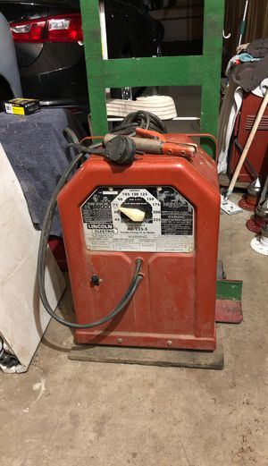 225 Lincoln welder for Sale in Bloomington, CA