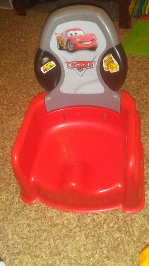 Cars booster seat $10 for Sale in Denver, CO