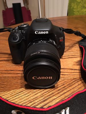 Canon EOS Rebel T3i dslr Camera with lense & stap for Sale in Galloway, OH