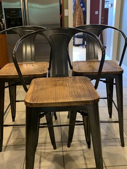 Set Of 3 Barstools - Like New! for Sale in Portland,  OR