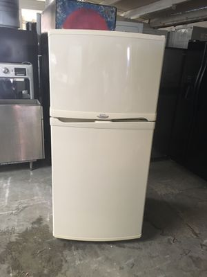 Refrigerator brand whirlpool everything is good working condition 90 days warranty delivery and installation for Sale in San Leandro, CA