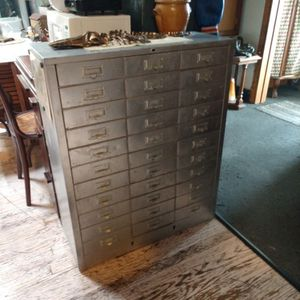 33 Vintage drawers In Amazing Condition!! for Sale in Chicago, IL