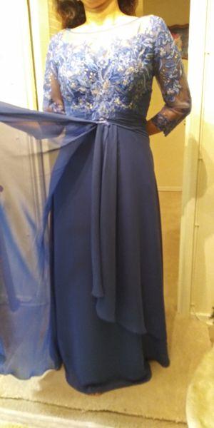 hermoso vestido nuevo for Sale in Alexandria, VA