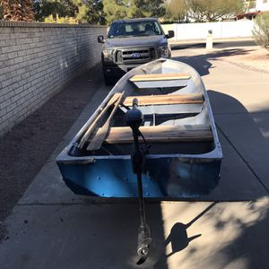 14 Foot Aluminum Boat ,30 Lb Minncota Trolling M Motor,anchor ,{url removed} Trailer .Fits In Truck Bed.$700. for Sale in Scottsdale, AZ