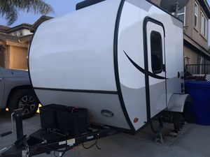 2018 lightweight camper for Sale in Fontana, CA
