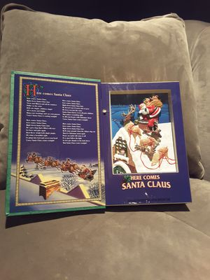 Vintage music box book with moving parts and plays music for Sale in Houston, TX