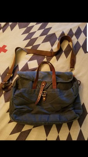 J. Crew Laptop/Messenger Bag (Navy) for Sale in Newcastle, WA