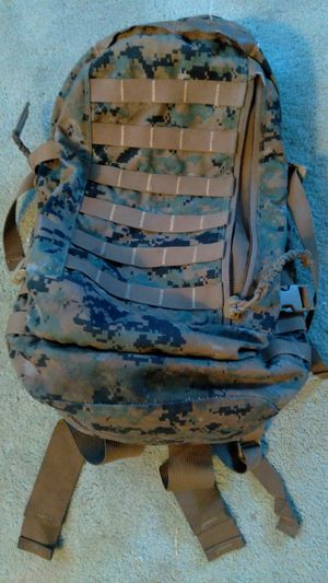 Army backpack for Sale in Beaumont, CA